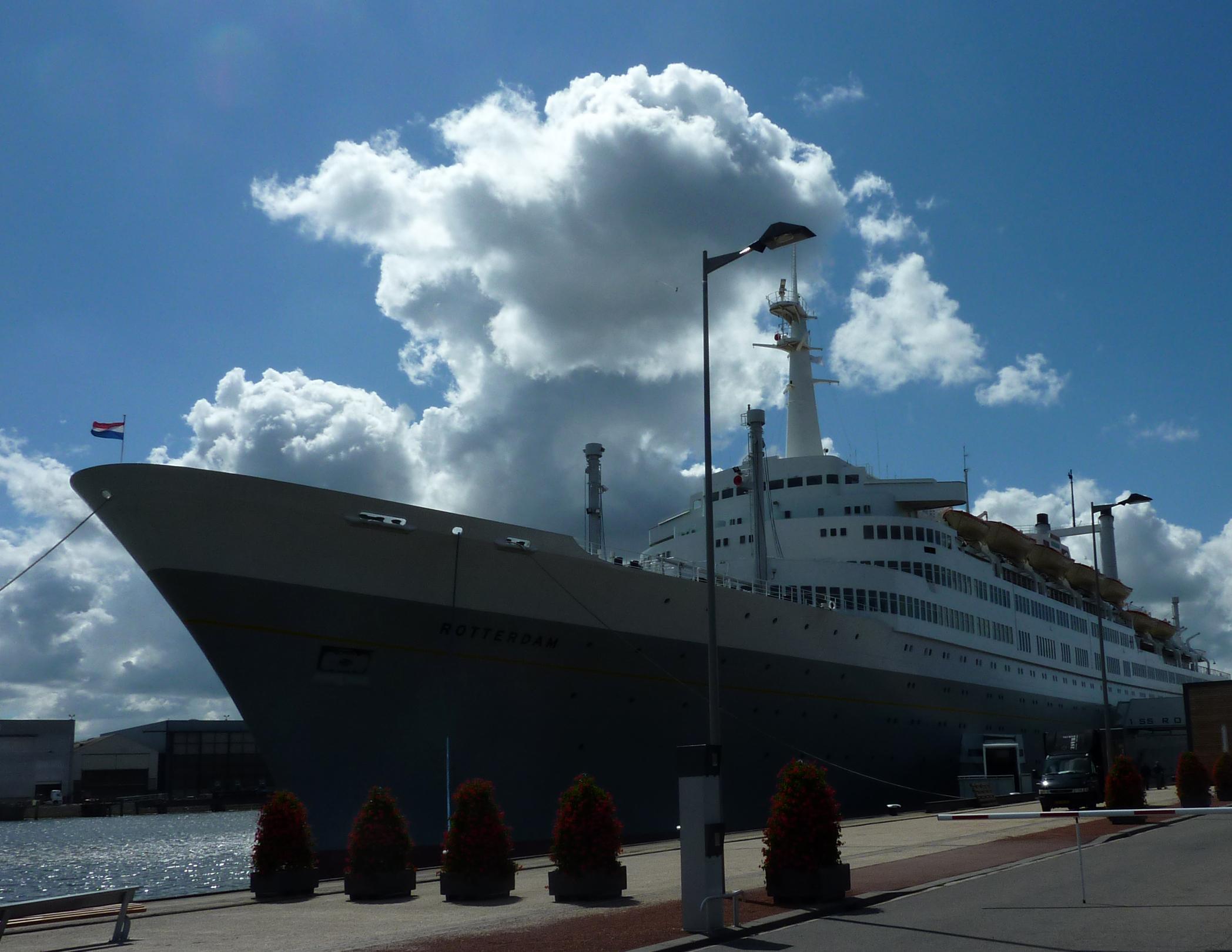 SS Rotterdam 01-07-2011 (39)
